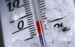 Thermometer knapp über Null Grad