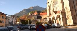 Innsbruck, deine Plätze … Höttinger Kirchplatz