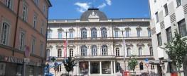 Innsbruck, deine Plätze … Platz und Plätzchen im Geviert des Tiroler Landesmuseums