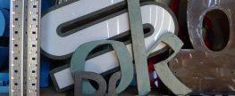 Noch eine Woche: Urbantypes – Zeichen und Buchstaben im öffentlichen Raum