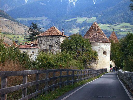 Kroatien trifft auf Tirol