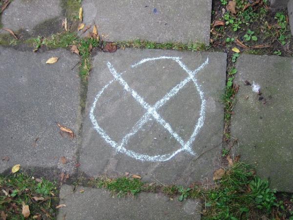 Es ist ein Kreuz – Malen nach Wahlen!