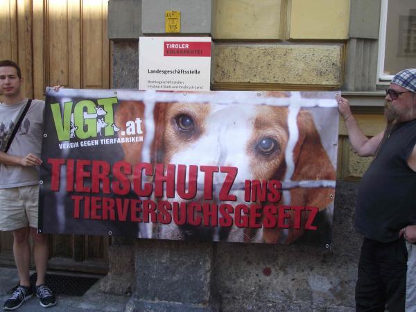 Tierrechte: Protest vor Innsbrucker ÖVP-Zentrale