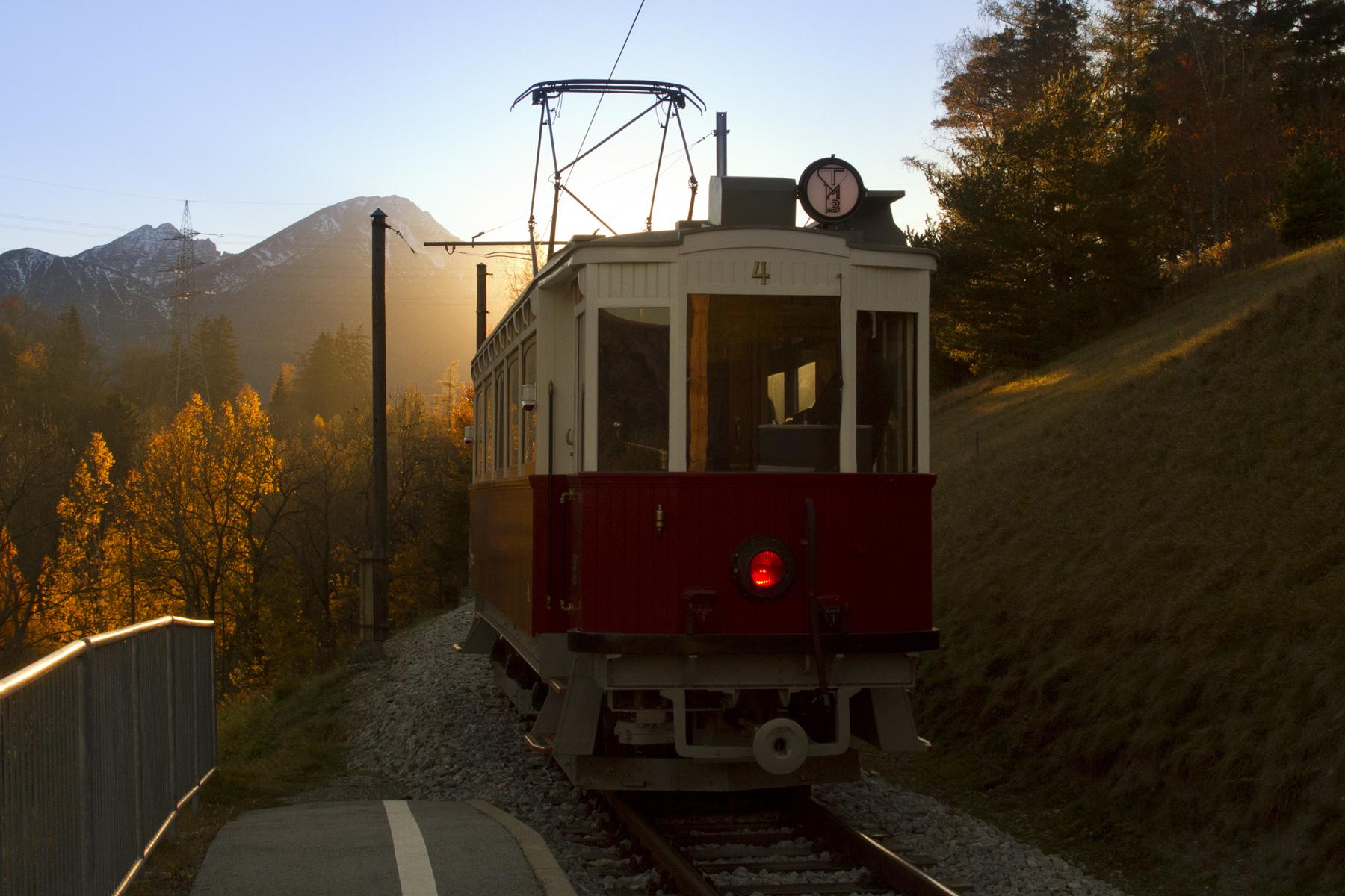 Historischer Triebwagen auf Linie 6