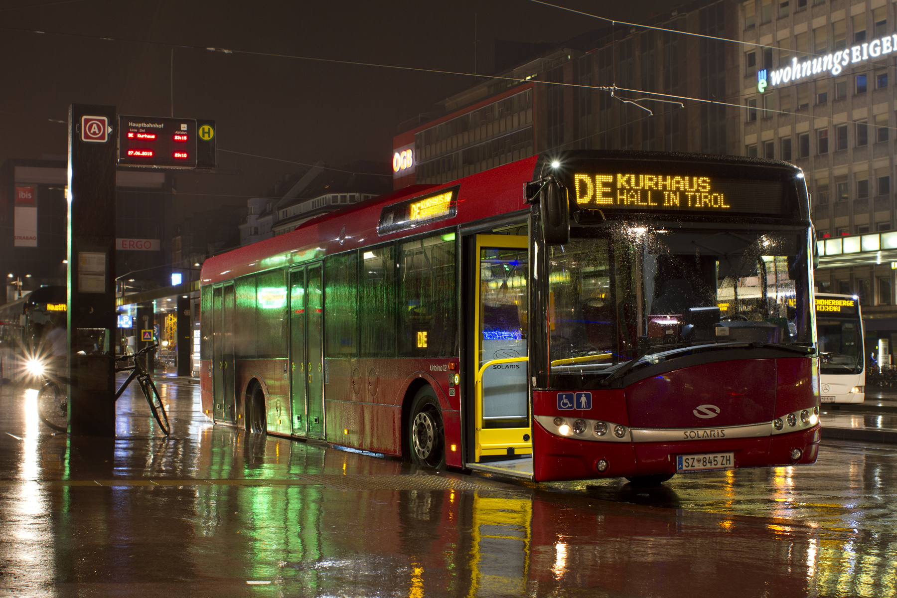 Bus 845 @ Linie DE
